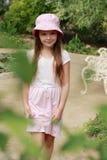 dziewczyna trochę plenerowa zdjęcie royalty free