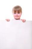 Dziewczyna trzyma karcianą deskę Obraz Royalty Free