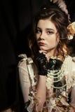 Dziewczyna ubierająca w stylu rokoko Fotografia Stock