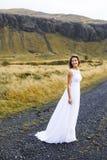 Dziewczyna w ślubnej todze obrazy stock