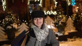 Dziewczyna w Śnieżnej ulicie zbiory wideo
