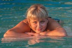 Dziewczyna w basenie Obraz Stock