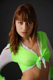 Dziewczyna w bluzce wiążącej na piersi Zdjęcie Royalty Free
