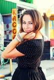 Dziewczyna w czarnej sukni Obraz Stock