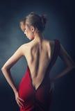 Dziewczyna w czerwieni sukni Fotografia Royalty Free