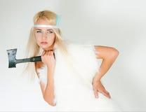 Dziewczyna w futerkowym przylądku z cioską Fotografia Stock