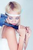 Dziewczyna w futerkowym przylądku z cioską Obrazy Royalty Free