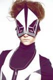 Dziewczyna w futurystycznym odziewa obrazy stock
