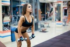 Dziewczyna w gym Fotografia Stock