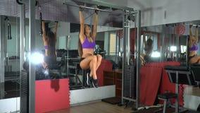 Dziewczyna w gym swobodny ruch zbiory