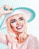 Dziewczyna w kapeluszu z makeup w stylu wystrzał sztuki Fotografia Stock
