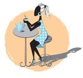 Dziewczyna w kawiarni Fotografia Royalty Free