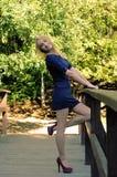 Dziewczyna w krótkiej sukni Zdjęcie Stock