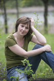 Dziewczyna w lesie Zdjęcia Royalty Free