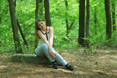 Dziewczyna w lesie Fotografia Stock