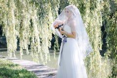 Dziewczyna w ślubnej sukni Obraz Royalty Free