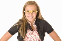 Dziewczyna w modnych żółtych szkłach Zdjęcia Royalty Free