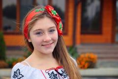 Dziewczyna w obywatel sukni. obraz royalty free