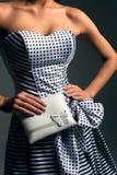 Dziewczyna w pasiastej sukni Obrazy Stock