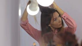 Dziewczyna w piękno salonie zbiory