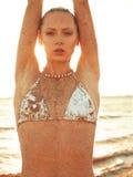 Dziewczyna w piasku Fotografia Royalty Free
