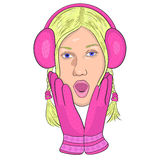 Dziewczyna w różowych hełmofonach i rękawiczkach od niespodzianki otwierał jego usta Zdjęcia Royalty Free