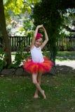 Dziewczyna w spódniczce baletnicy. Obrazy Royalty Free