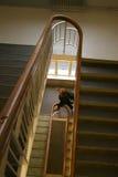 dziewczyna w szkole po schodach Obrazy Royalty Free