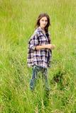 dziewczyna w terenie Obraz Royalty Free