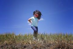 dziewczyna w terenie Zdjęcia Royalty Free