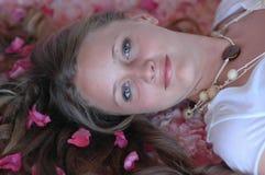 dziewczyna wiosny w spa. obraz royalty free