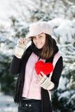 dziewczyna wręcza jego nastoletniego sercu Obraz Royalty Free