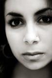 dziewczyna wschodniego środek smutny zdjęcia royalty free