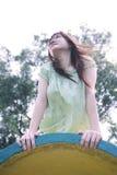 dziewczyna wygląda azjatykcia bokiem Fotografia Stock