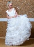 Dziewczyna z ślubną suknią .portrait maksimum obraz stock