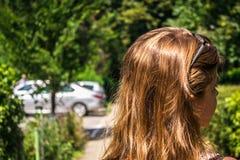 Dziewczyna z błyszczącym włosy obraz royalty free