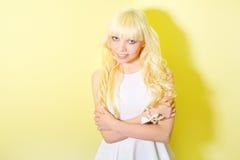 Dziewczyna z blondynem obraz royalty free