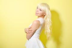 Dziewczyna z blondynem zdjęcia royalty free