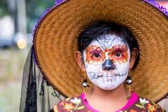 Dziewczyna z catrina's kostiumowymi Fotografia Royalty Free