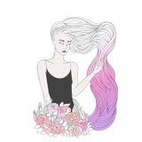 Dziewczyna z długim falistym różowym włosy Obraz Royalty Free