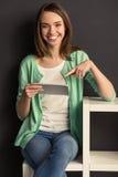 Dziewczyna z gadżetem Zdjęcie Stock