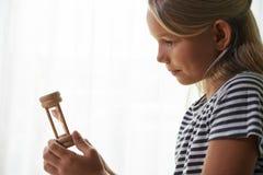 Dziewczyna z hourglass zdjęcia royalty free
