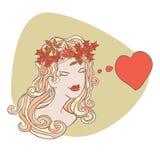 Dziewczyna z jesień liśćmi w jej włosy Zdjęcia Royalty Free