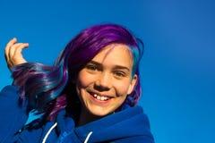 Dziewczyna z krańcowym włosy zdjęcia royalty free