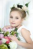 Dziewczyna z kwiatami Obrazy Stock