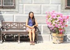 Dziewczyna z kwiatami Obrazy Royalty Free