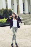 Dziewczyna z miastowym stylem Zdjęcie Royalty Free