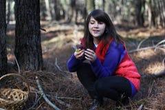 Dziewczyna z pieczarkami Obraz Royalty Free