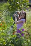 Dziewczyna Z Podlewaniem Może fotografia stock