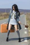 Dziewczyna z rocznik kamerą Fotografia Royalty Free